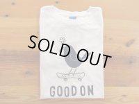 グッドオン プリント 半袖クルーTシャツ BLUE BIRD    ホワイト×ネイビー